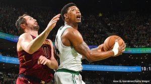 Marcus Smart re-signe aux Celtics