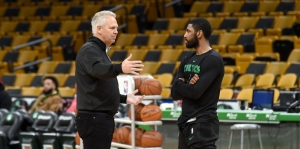 Danny Ainge : «Kyrie Irving ne pas dit qu'il n'aimait pas Boston. Il ne m'a pas dit qu'il était certain de partir»