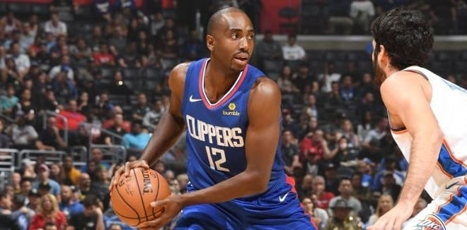 Moute A Luc Les Clippers Coupent Mbah BxCorde